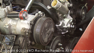 Jeep XJ Cherokee 4.0L water pump replacement
